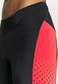 Gore Wear - HAKKA WOMENS - Tights - black/hibiscus pink - 4