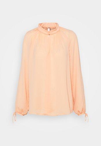 Bluzka - peach