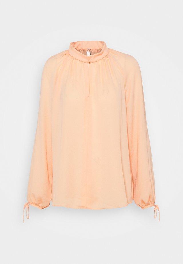 Bluse - peach