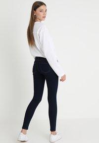 ONLY - ONLDAISY PUSHUP - Jeans Skinny Fit - dark blue denim - 3