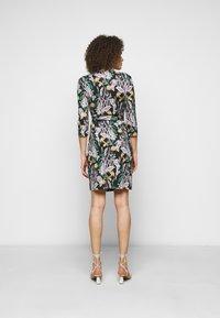 Diane von Furstenberg - NEW JULIAN TWO - Jerseyjurk - bali medium black - 2