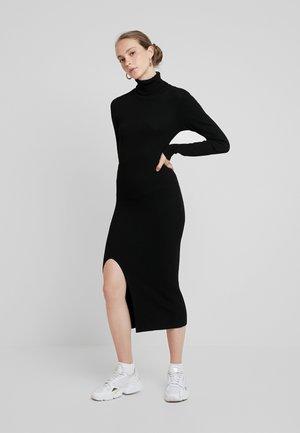YASSBIRIELLA ROLLNECK DRESS - Shift dress - black