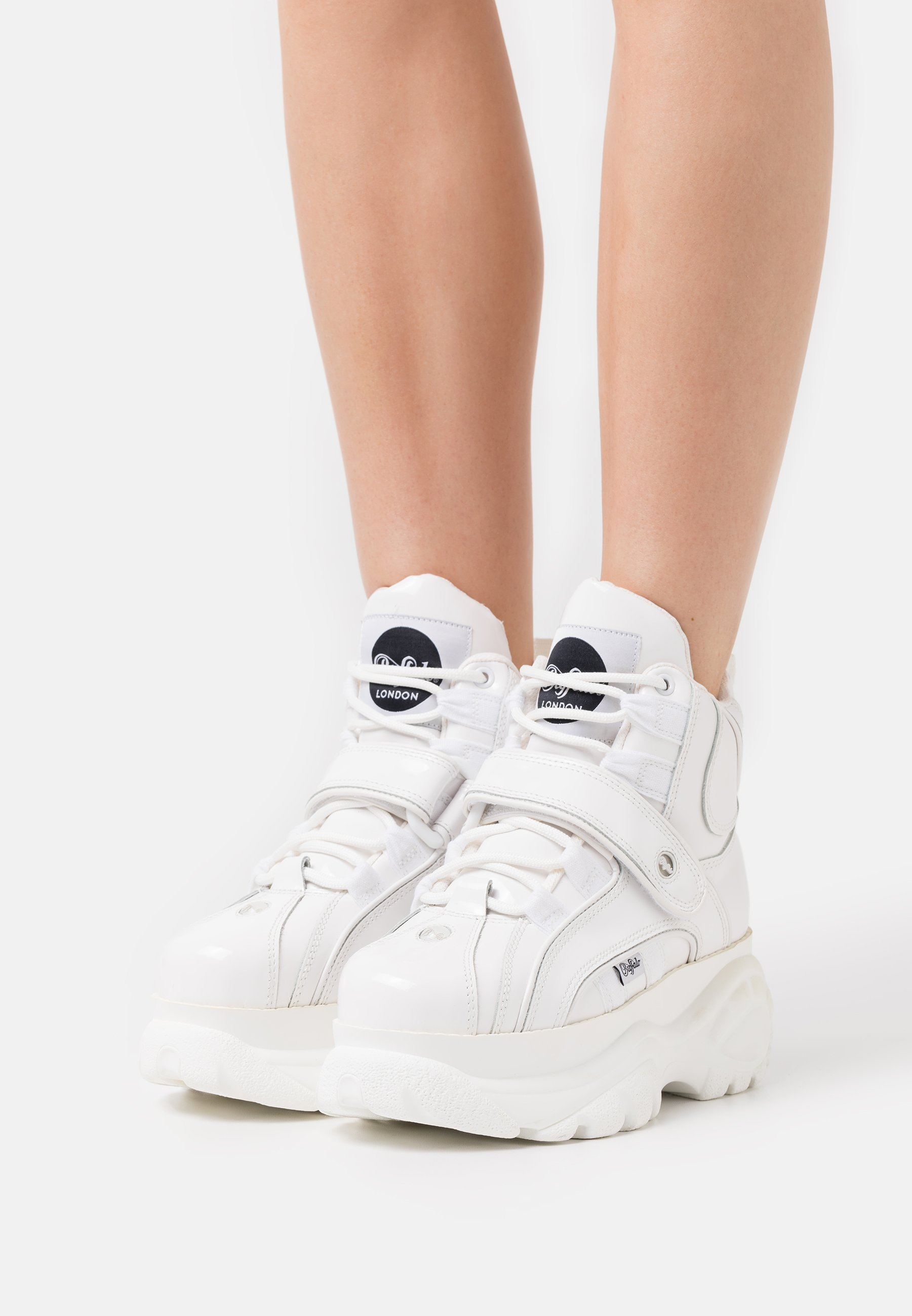 Women High-top trainers - white