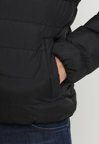 Urban Classics - BASIC BUBBLE JACKET - Chaqueta de invierno - black - 5