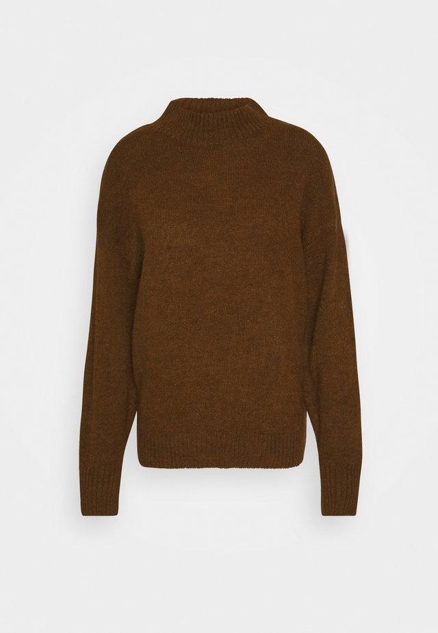 AMARA - Stickad tröja - cappuccino