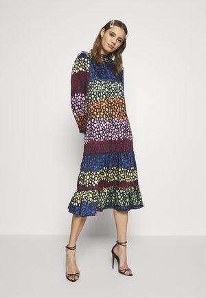 PRINT MODEST DRESS - Kjole - multi
