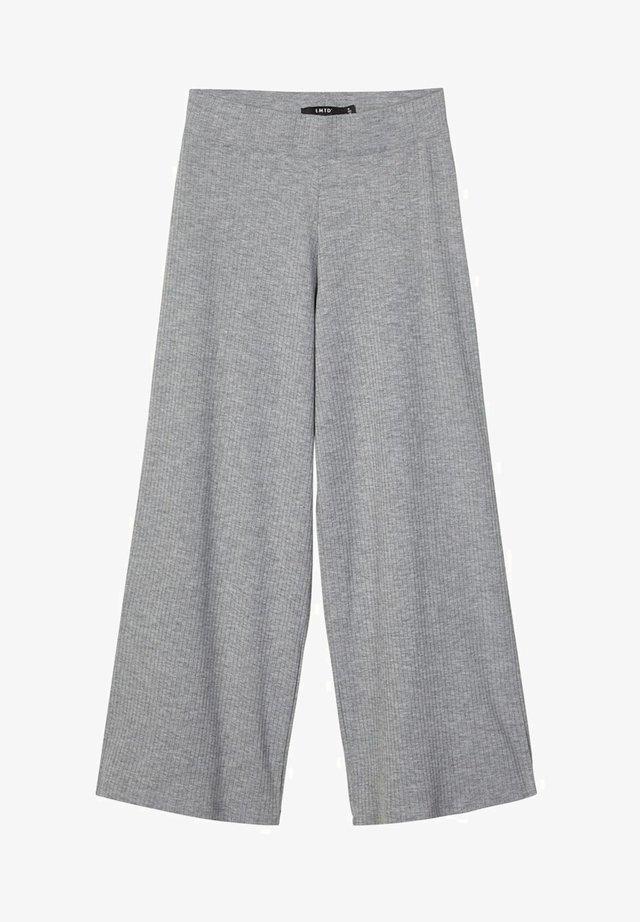 MIT WEITEM BEIN - Pantalon classique - grey melange