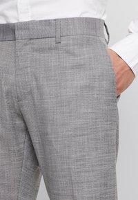 Antony Morato - SLIM JACKET BONNIE PANTS  - Oblek - grey melange - 6