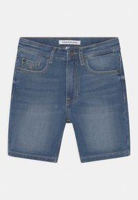 Calvin Klein Jeans - REGULAR FRESH  - Denim shorts - denim - 2