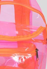 Eastpak - TRANSPARENT/CONTEMPORARY - Rucksack - pink - 4