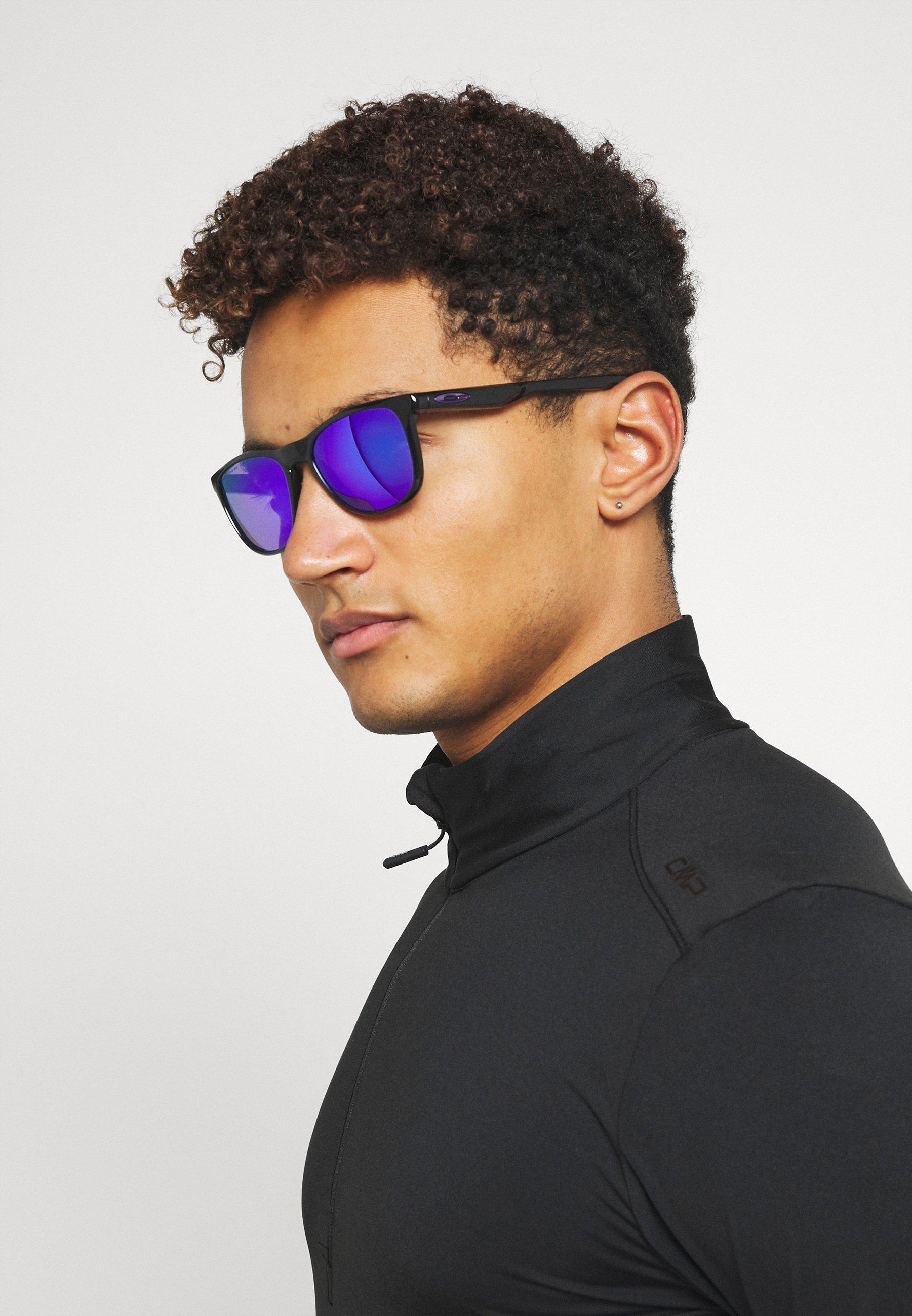 Women TRILLBE X UNISEX - Sunglasses - black
