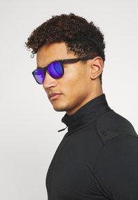 Oakley - TRILLBE X UNISEX - Sunglasses - black - 0