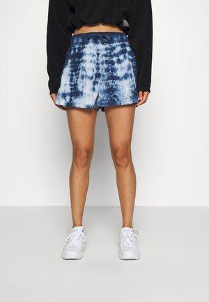 TIE DYE POPLIN JOGGER SHORT - Shorts - blue