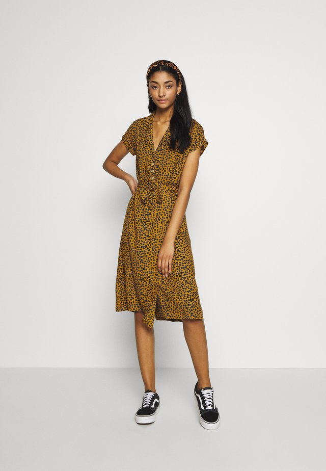 ROBERTA LEO - Day dress - camel