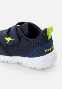 KangaROOS - TINKLE - Sneaker low - navy/lime - 5