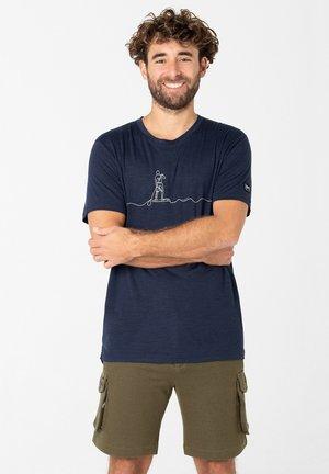 MERINO T-SHIRT M SUP LINE TEE - Print T-shirt - blau