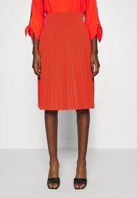 Anna Field - Plisse A-line mini skirt - Falda acampanada - orange - 0