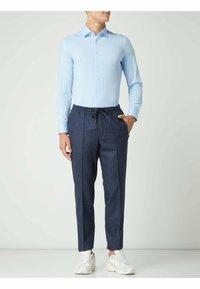 OLYMP No. Six - SUPER SLIM FIT BUSINESS HEMD - Formal shirt - bleu - 0