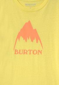 Burton - CLASSIC MOUNTAIN HIGH UNISEX - Triko spotiskem - lemon verbena - 2