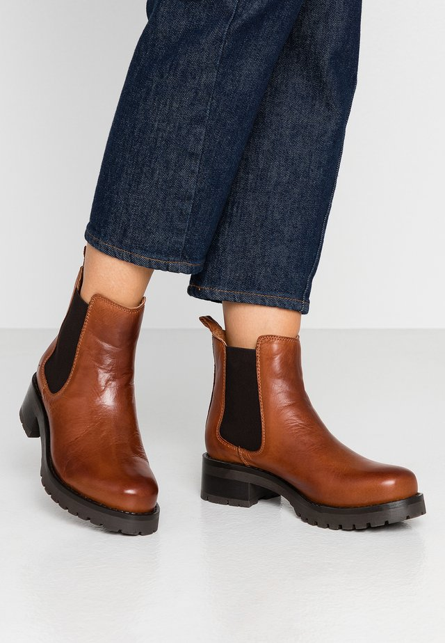 BIACORAL CHELSEA - Ankle boot - cognac