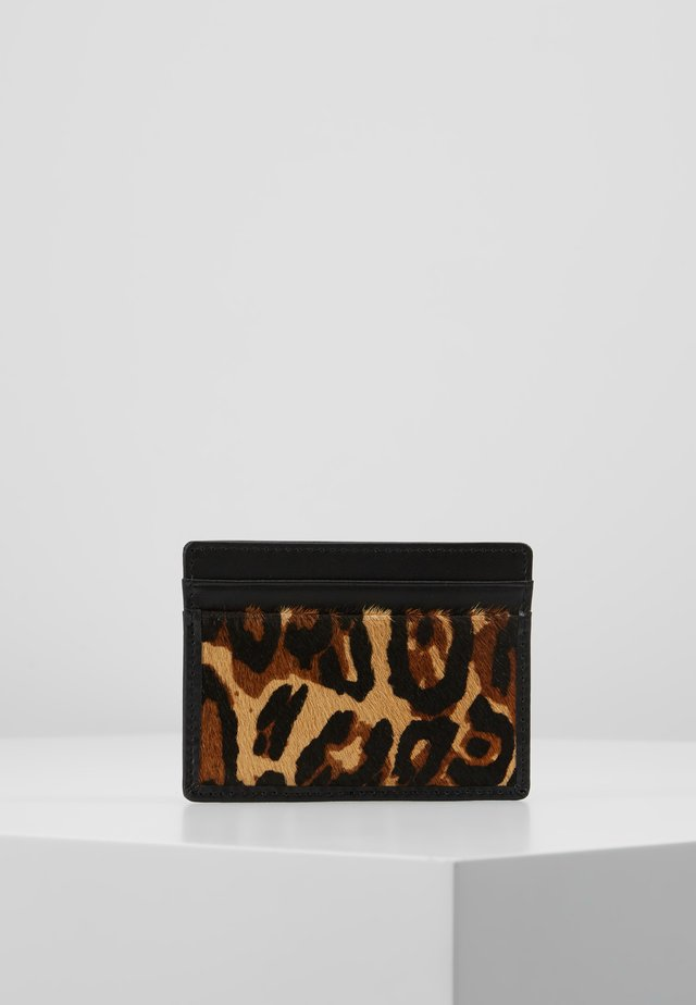 CARD HOLDER - Etui na wizytówki - brown/oth
