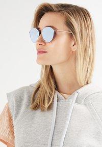 Ray-Ban - Sunglasses - bronze-coloured/copper-coloured - 4