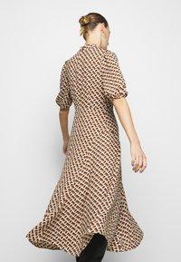 Diane von Furstenberg - NELLA - Denní šaty - chain caffe - 4