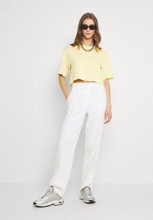 2 PACK - Basic T-shirt - white light/yellow light