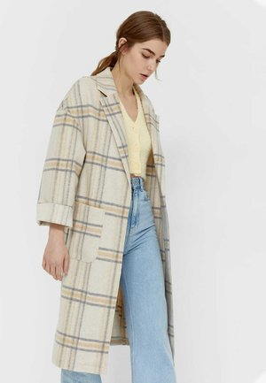 Klasický kabát - white