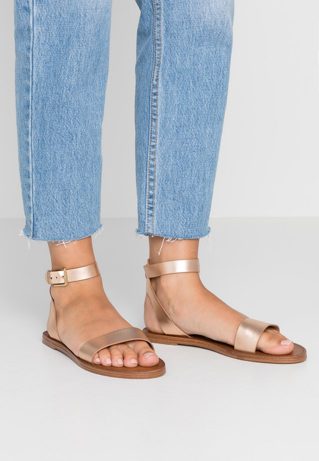 CAMPODORO - Sandals - nude