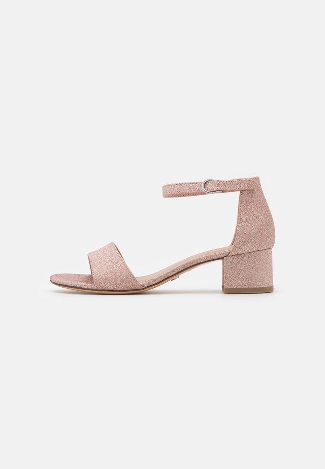 Sandalen - rose glam