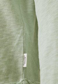 Marc O'Polo DENIM - Long sleeved top - light carib - 2