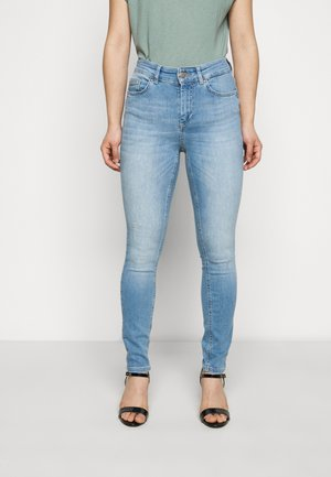 ONLBLUSH LIFE - Jeans Skinny - light blue denim