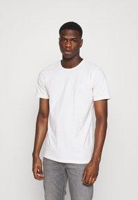 Lee - T-shirts - ecru - 0