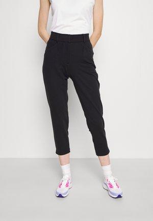 THERMA FIT REPEL ACE SLIM PANT - Kalhoty - black