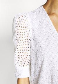InWear - DEBBYIW DRESS - Denní šaty - pure white - 5