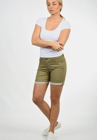 Desires - JEANSSHORTS LILA - Denim shorts - light green - 0