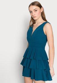 WAL G PETITE - V NECK DOUBLE DRILL DRESS - Koktejlové šaty/ šaty na párty - teal blue - 3