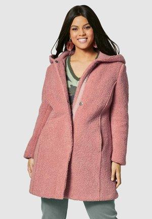 Winter coat - rosé