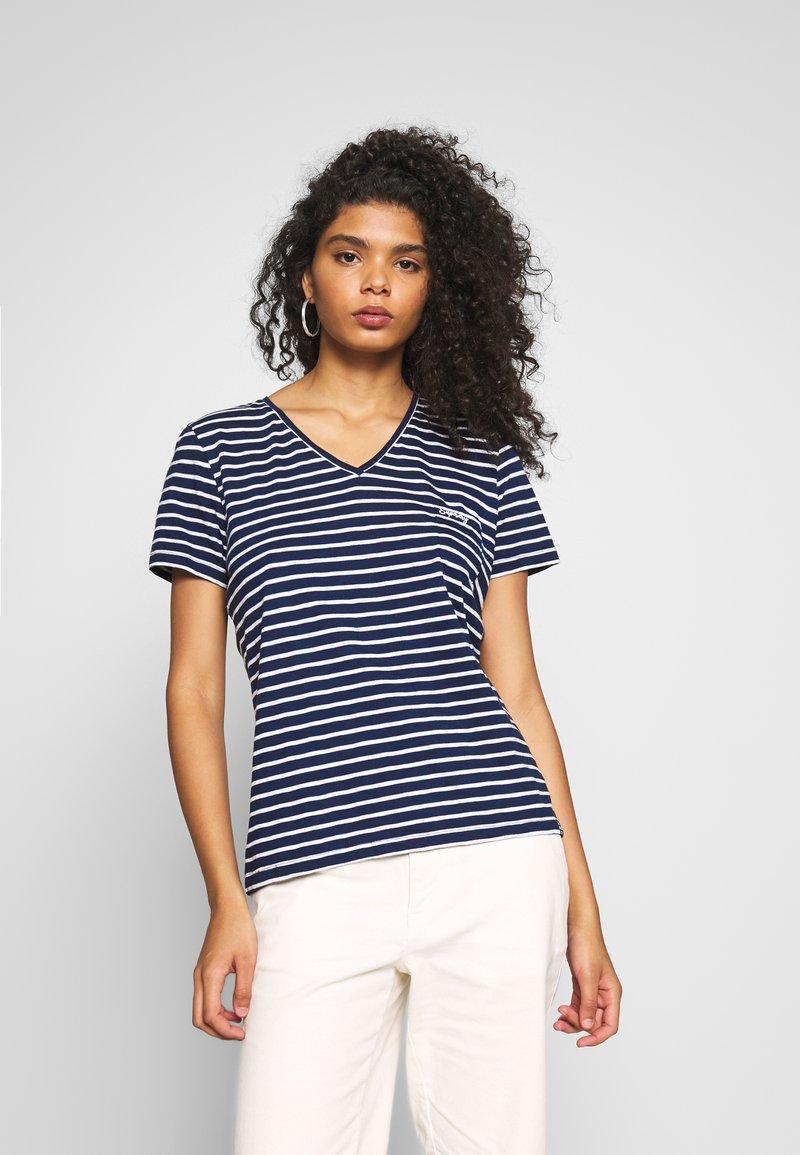 Superdry - ESSENTIAL VEE TEE - T-shirts - navy stripe