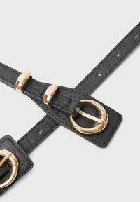 Stradivarius - Waist belt - black - 4