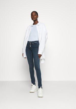 ADRIANA - Jeans Skinny Fit - dark brushed