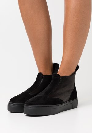 BERN - Classic ankle boots - black
