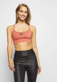 HIIT - PEACH CORE - Sports bra - stone - 0