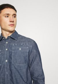 G-Star - KINEC STRAIGHT SHIRT L\S - Overhemd - faded blue - 4