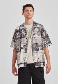 PULL&BEAR - Overhemd - grey - 0