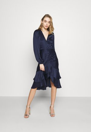 EYES ON ME RUCHED DRESS - Robe de soirée - navy