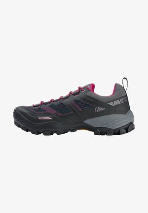 Hiking shoes - phantom-dark pink