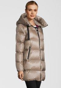 No.1 Como - Down coat - beige - 2