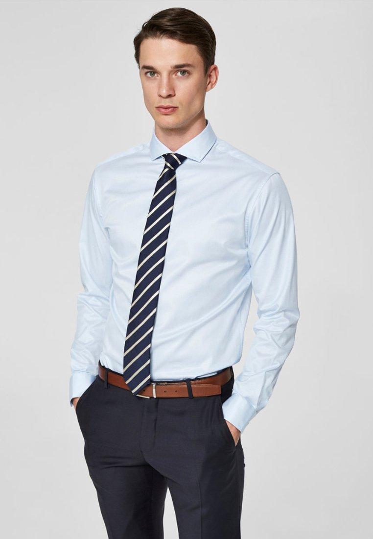 Selected Homme - PELLE - Business skjorter - light blue